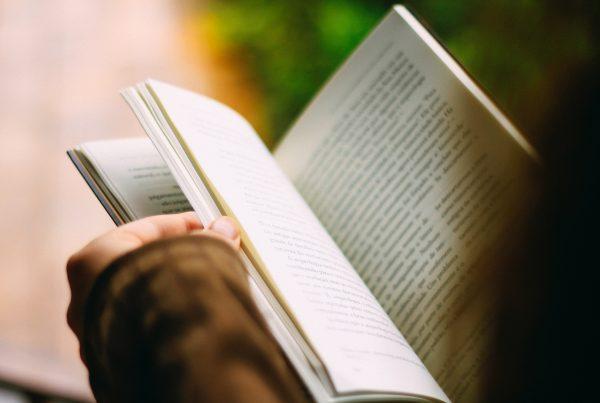 What We're Reading - Aquatro Cultura de Impacto